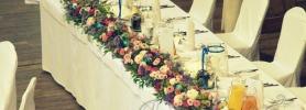 05_dekoracja_sali_wroclaw_stol_mlodej_pary