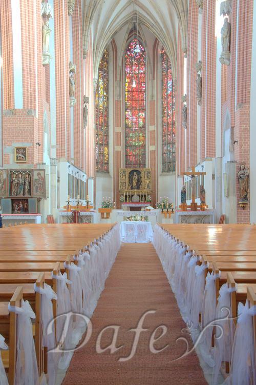 010-kosciol-najswietszej-marii-panny-na-piasku-wroclaw-slub-dekoracje