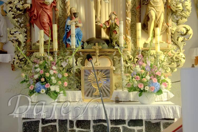 062-dekoracje-pastelowe-kosciol-wroclaw-kolorowe